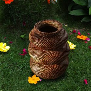 Wicker Jar Abaca